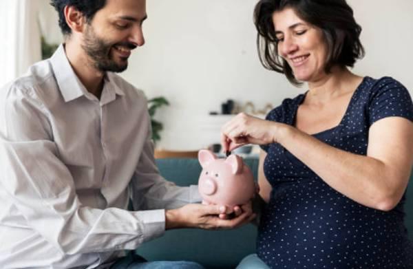 ahorrar dinero en pareja